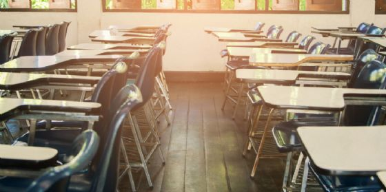 Malore a scuola davanti agli studenti, muore il professor Stefano Tessadori
