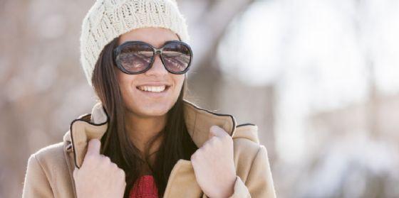 3 motivi per cui dovresti indossare gli occhiali da sole anche in inverno