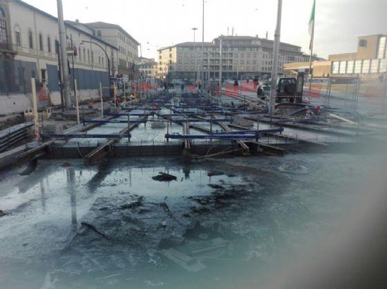 Tramvia, sbaglio sui cantieri: binari da rifare