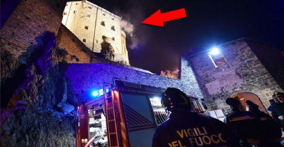 Incendio alla Sacra di San Michele: monastero in fiamme!
