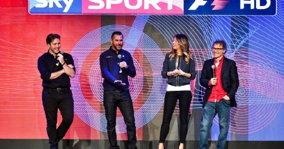 Davide Valsecchi, Carlo Vanzini, Federica Masolin e Jacques Villeneuve: la squadra Sky che racconta la F1