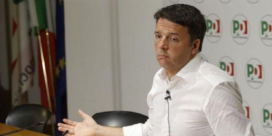 Il segretario del Partito Democratico, Matteo Renzi, durante la conferenza stampa in occasione della presentazione delle liste dei candidati alle prossime elezioni politiche