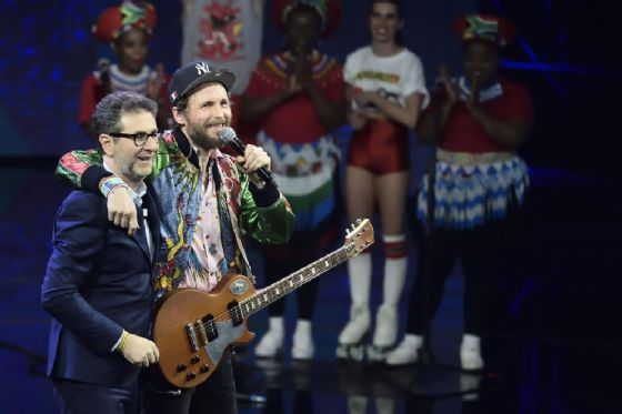 Fabio Fazio con Lorenzo Cherubini, in arte Jovanotti, durante la trasmissione televisiva Che tempo che fa. Milano, 03 Dicembre 2017.