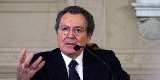 Il presidente del Consiglio di Amministrazione di Intesa Sanpaolo Gian Maria Gros-Pietro