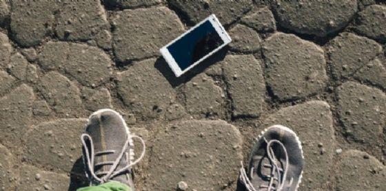 Anche una videocamera fra gli oggetti rinvenuti sulle strade di Trieste