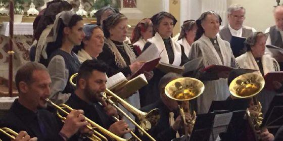 """""""Segnalazione di buon esempio"""" per il Coro del Gruppo Costumi Tradizionali Bisiachi"""