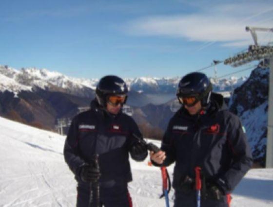 Carabinieri sciatori (© Diario di Biella)