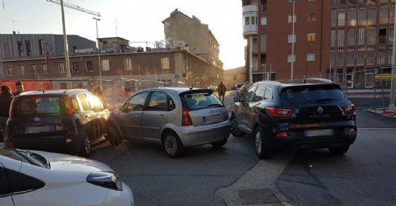 L'incidente all'incrocio tra via Del Ridotto e corso Venezia (© Diario di Torino)
