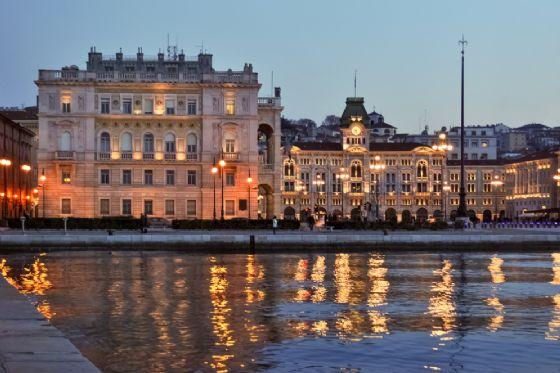Trieste, 8 cose da fare il giorno di San Valentino (© Roberto Lo Savio - shutterstock.com)