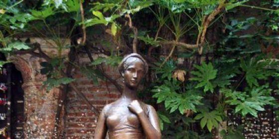 La statua di Giulietta
