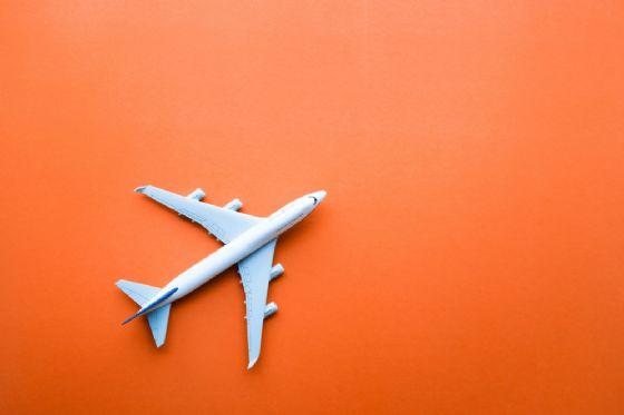 C'è un'app per comprare i biglietti aerei invenduti (come un'asta)