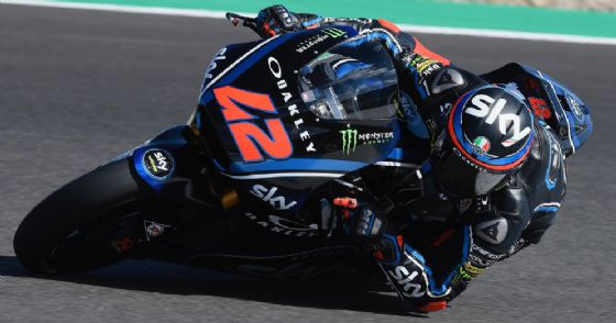 Pecco Bagnaia con la moto del team Sky Vr46 nei test di Jerez