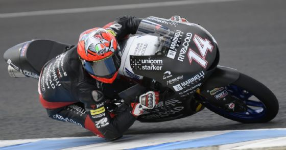 Tony Arbolino in sella alla moto del team Snipers nei test di Jerez