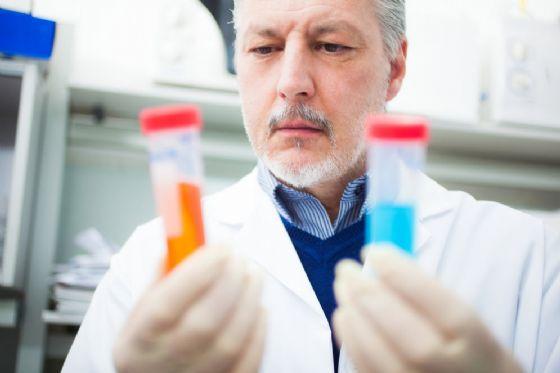 Una molecola a base di selenio potrebbe combattere il cancro