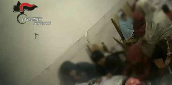 Maltrattava i bambini cui impartiva lezioni di arabo e Corano, denunciata