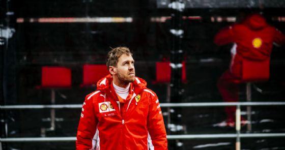 Vettel in pista con la nuova Ferrari di Formula 1
