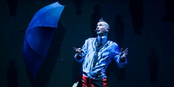 Il funambolico Arturo Brachetti sarà protagonista al Teatro Verdi di Gorizia (© Arturo Bracchetti)