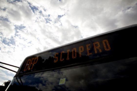 Giornata caotica per i trasporti a Roma