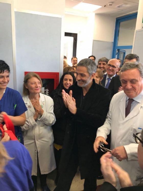 Fiorello all'inaugurazione della nuova terapia intensiva neonatale ospedale Fatebenefratelli di Roma