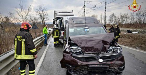 Tamponamento a catena sulla provinciale SP 31 (© Comando Provinciale Vigili del Fuoco Torino)