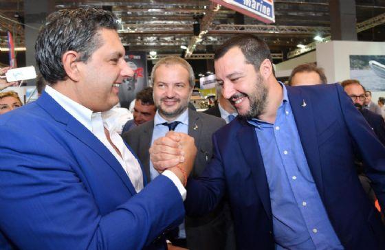 Il governatore della Liguria Giovanni Toti con Matteo Salvini