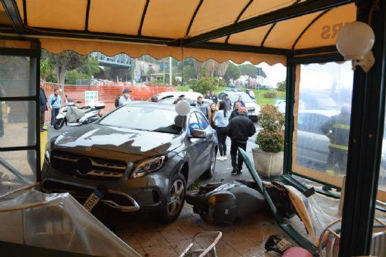 Incidente in dehor a Ponte San Ludovico