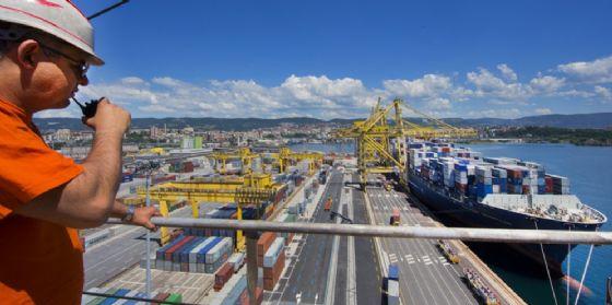 Il porto (© ANSA)