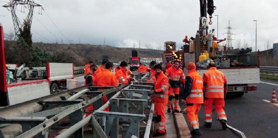 Già completato il ripristino delle barriere distrutte nel tratto Trieste-Lisert (© Autovie)