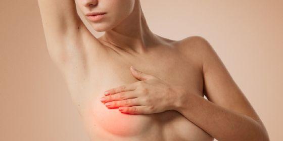 Pordenone, curava un tumore al seno da un 'guru'. E' morta a 46 anni (© Adobe Stock)