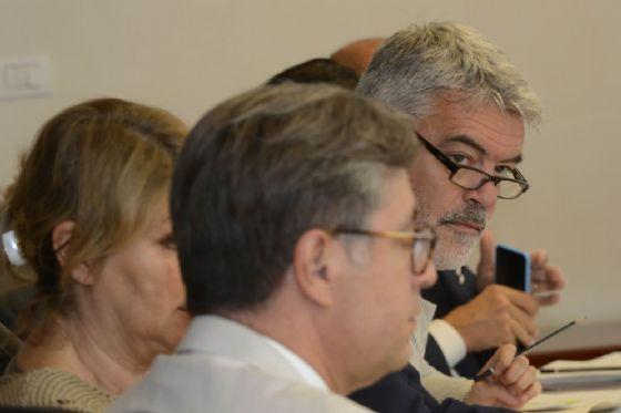 L' assessore regionale alle Autonomie locali, Paolo Panontin, durante il Consiglio regionale (© Regione Friuli-Venezia Giulia)