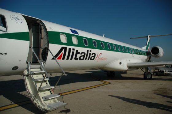 Alitalia, il primo volo 'Trieste-Roma' torna alle 7.05 (© Alitalia)
