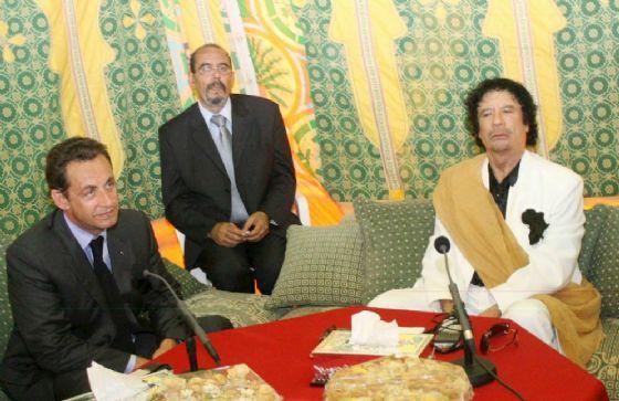 Mazzette dalla Libia di Gheddafi: fermato l'ex presidente Sarkozy