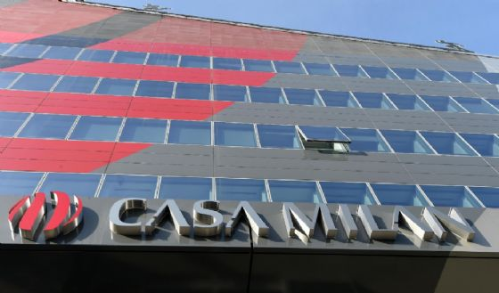 Libero - Usmanov, il miliardario amico di Putin vuole il Milan