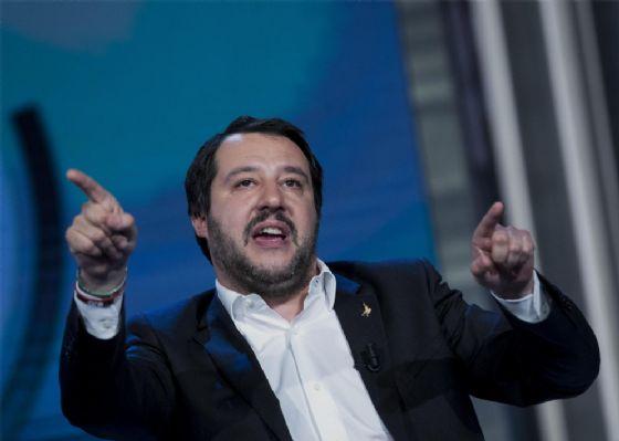 Governo: Salvini, spero ci siano numeri