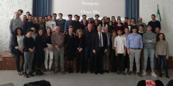 Presentazione del progetto tra studenti, dirigenti scolatici e rappresentanti delle aziende