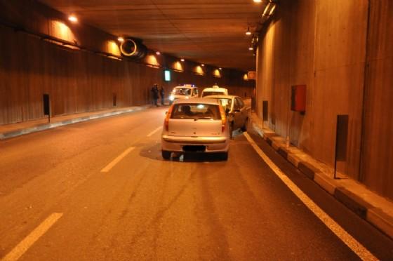 Incidente nel sottopasso di corso Mortara