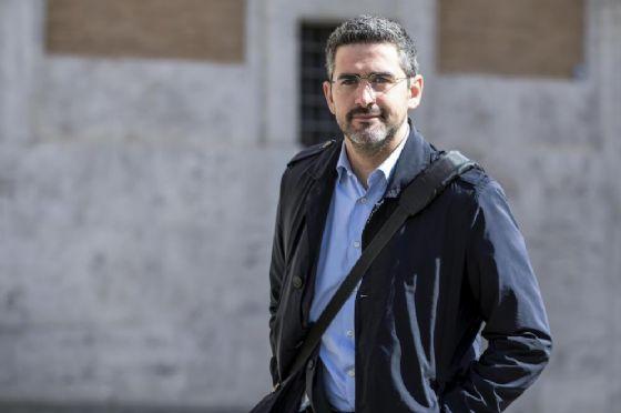 Il questore della Camera M5S Riccardo Fraccaro.