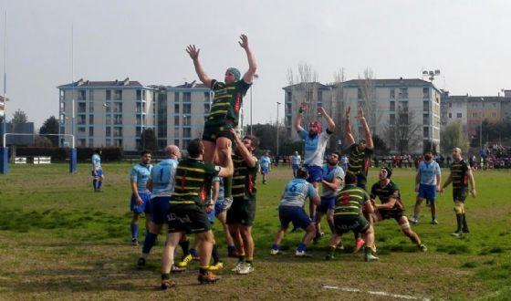 Un momento del derby di oggi (© Biella Rugby)