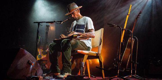 No Borders: Ben Harper si esibirò in un esclusivo show voce e chitarra ai Laghi di Fusine