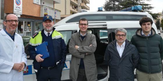 """Quartieri, è partito il nuovo servizio """"Vigili in piazza"""""""