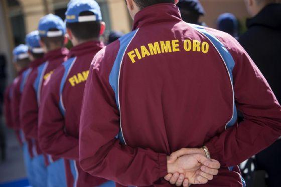 Un'immagine di atleti delle Fiamme Oro, il Gruppo sportivo della Polizia di Stato, durante una festa della Polizia