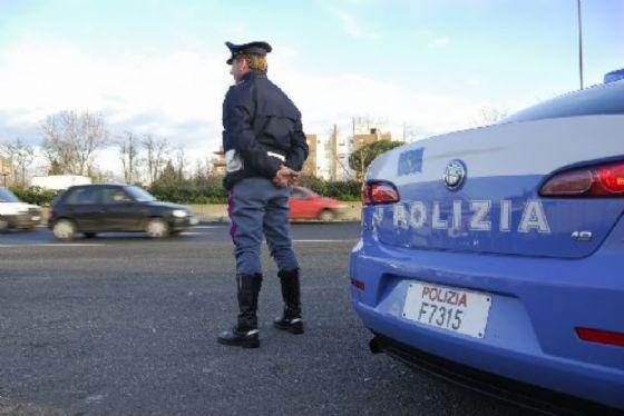 Controlli della polizia in Barriera di Milano