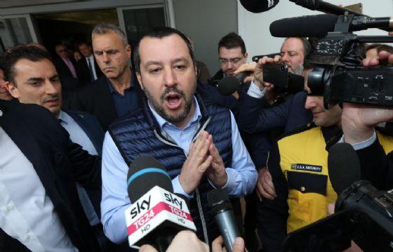Matteo Salvini all'apertura del Vinitaly 2018 a Verona