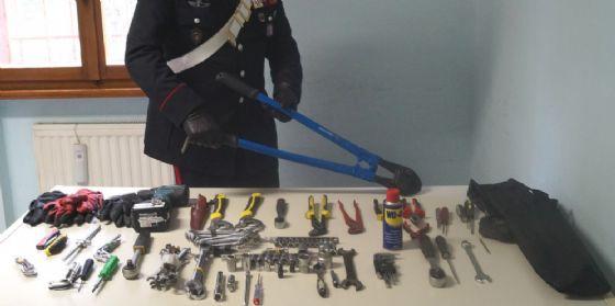 Muggia: fermate tre persone, nell'auto avevano 'una collezione' di attrezzi da scasso (© Carabinieri)