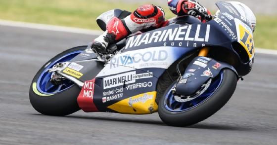 Romano Fenati in sella alla moto del team Snipers in Moto2