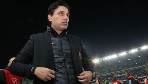 Vincenzo Montella ex allenatore del Milan esonerato il 27 novembre 2017 oggi tecnico del Siviglia