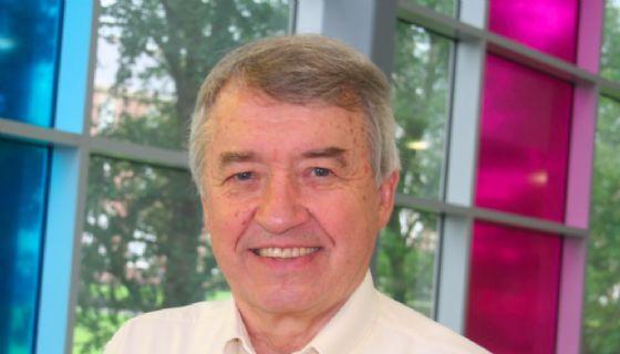 Lo psicologo americano Hughes a Udine per il lancio della nuova terapia per bambini abusati