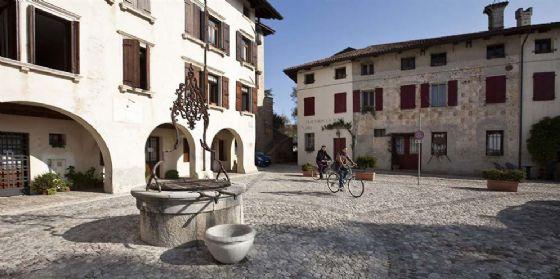 L'arte in bicicletta tra chiese e paesaggi lungo il grande fiume Tagliamento (© Casa Zanussi)