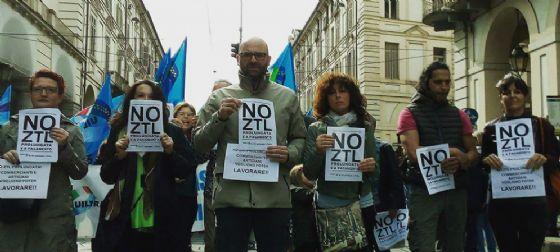 No Ztl, la protesta continua : «Appendino non ci ascolta? Non ci fermeremo, andremo fino a Roma»