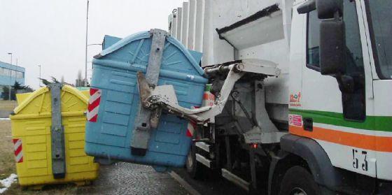 Net: «Differenziamo i rifiuti durante le feste popolari» (© Net)